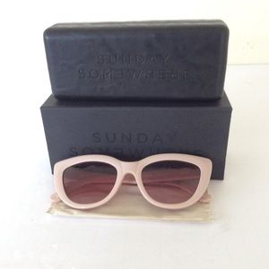 Sunday Somewhere Laura Pink Sunglasses